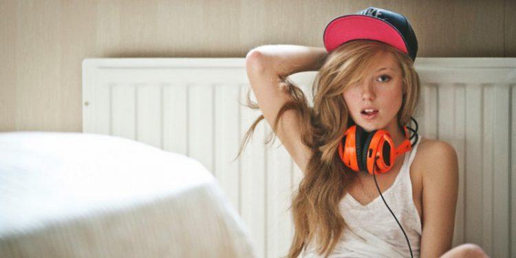 6 հետաքրքիր պատճառ, թե ինչու ենք մենք երաժշտություն լսում