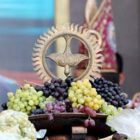Կիրակի օրը՝ օգոստոսի 13-ին, Հայ Առաքելական եկեղեցու հինգ տաղավար տոներից մեկն է՝ Խաղողօրհնեքը