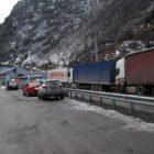 Լարսը փակ է. ռուսական կողմում կուտակված է 160 մեքենա, որից 133-ը՝ բեռնատար