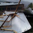 Ուժեղ քամին ավերածություններ է արել Վանաձորում (լուսանկարներ)