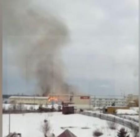 Հերթական խոշոր հրդեհը Ռուսաստանում. այրվում է փայտամշակման գործարանի պահեստը (տեսանյութ)