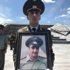«Եռաբլուրում» հուղարկավորել են զոհված զինծառայող Վահագն Էլոյանին