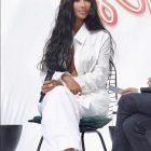 Լողազգեստով Քիմ Քարդաշյանը անանասի հյութ է «քարոզում»