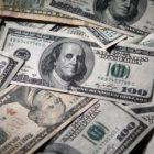 Դոլարի փոխարժեքը նվազել է, իսկ եվրոն՝ թանկացել