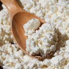 Քնելուց առաջ կաթնաշոռ ուտելը կարող է օգնել առողջ քաշի պահպանմանը
