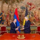 Զոհրաբ Մնացականյանը հանդիպել է Բելգիայի փոխվարչապետ, արտաքին գործերի նախարարի հետ