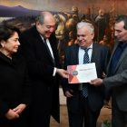 ՀՀ նախագահը 6 մլն դրամ է նվիրաբերել` Գյումրիում սոցիալական ծրագրերն ընդլայնելու նպատակով