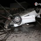 Աճառյան փողոցում Honda-ն բախվել է մայթեզրին, ապա գովազդային վահանակին ու շրջվել. կա 1 զոհ, 2 վիրավոր