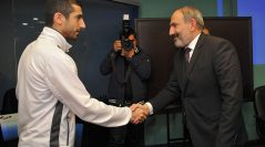 Նիկոլ Փաշինյանի եւ Հայաստանի հավաքականի ֆուտբոլիստների հանդիպումը՝ լուսանկարներով
