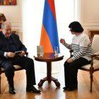 Արմեն Սարգսյանը հյուրընկալել է անվանի դաշնակահար Սվետլանա Նավասարդյանին