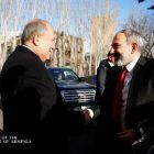 Արտաքին քաղաքական հարուստ օրակարգ ունենք․ վարչապետ Փաշինյանը հանդիպել է նախագահ Սարգսյանի հետ