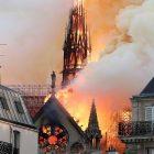 Ֆրանսիայի մայրաքաղաքում այրվում է Աստվածամոր տաճարը