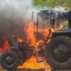 Ճամբարակ-Աղբերք ավտոճանապարհի մոտակայքում այրվում է տրակտոր