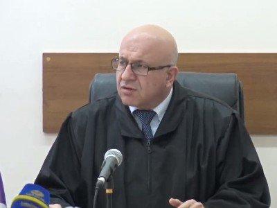 Մանվել Գրիգորյանի դատական գործն առանձնացվեց իր կնոջ՝ Նազիկ Ամիրյանի գործից
