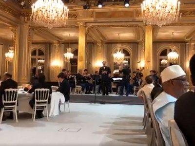 Ֆրանսիայի նախագահի անունից տրվող պետական ճաշը եզրափակվել է Ազնավուրի ստեղծագործությամբ․ Փաշինյան