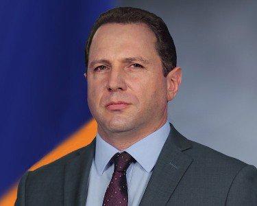 Դավիթ Տոնոյանը հանդիպել է Վրաստանի պաշտպանության նախարարի հետ