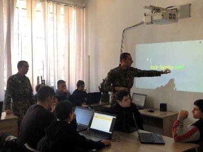 Զինված ուժերում շարունակվում է սեպտեմբերին մեկնարկած «Զինվորը՝ որպես դասավանդող» ծրագիրը