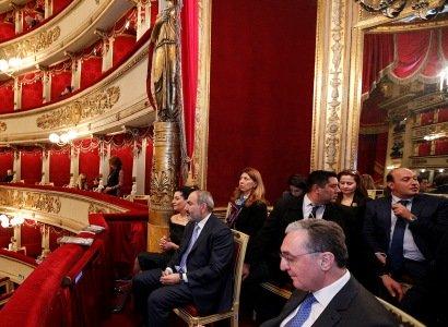 Նիկոլ Փաշինյանը և Աննա Հակոբյանը Միլանի «Լա Սկալա» օպերային թատրոնում դիտել են Ռ. Շտրաուսի «Եգիպտական Հեղինե» օպերան