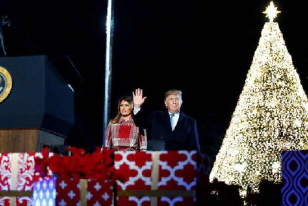 Դոնալդ եւ Մելանյա Թրամփները մասնակցել են Սուրբծննդյան եղեւնու լույսերը վառելու ամենամյա ազգային արարողությանը