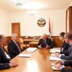 Բակո Սահակյանը երեք կուսակցությունների հետ քննարկել է 2020թ. բյուջեի նախագիծը