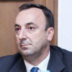 Այս պահին ՍԴ նախագահ Հրայր Թովմասյանի բնակարանում Հատուկ քննչական ծառայությունն իրականացնում է խուզարկություն.պաշտպան
