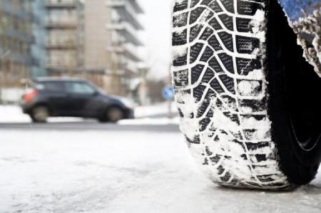 Դեկտեմբեր-մարտ ամիսներին վարորդն ոչ ձմեռային անվադողերով երթևեկելու դեպքում կենթարկվի տույժի