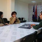 Հանդիպեցի «Այո»-ի նկարի հեղինակներից Ստեփան Նարոյանի դստեր և կնոջ հետ. Սուրեն Պապիկյան