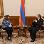 Արմեն Սարգսյանը հանդիպել է Հայաստանում ԱՄՆ դեսպան Լին Թրեյսիի հետ