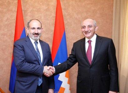 Ստեփանակերտում տեղի է ունենում Հայաստանի եւ Արցախի Անվտանգության խորհուրդների համատեղ նիստ